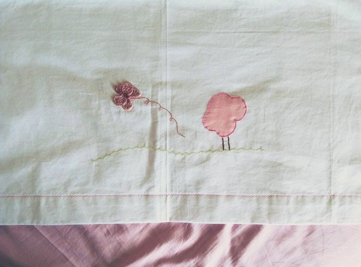 Baby Girl Embroidered Crib Sheet, Sewing borders, sleeping embroidered designs I παιδικά σεντονάκια, ροζ, κορίτσι