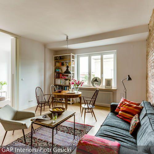 Polstermbel Wirken Durch Eine Steinwand Noch Gemtlicher Und Einladender Die Beigefarbene Im Wohnzimmer Bringt