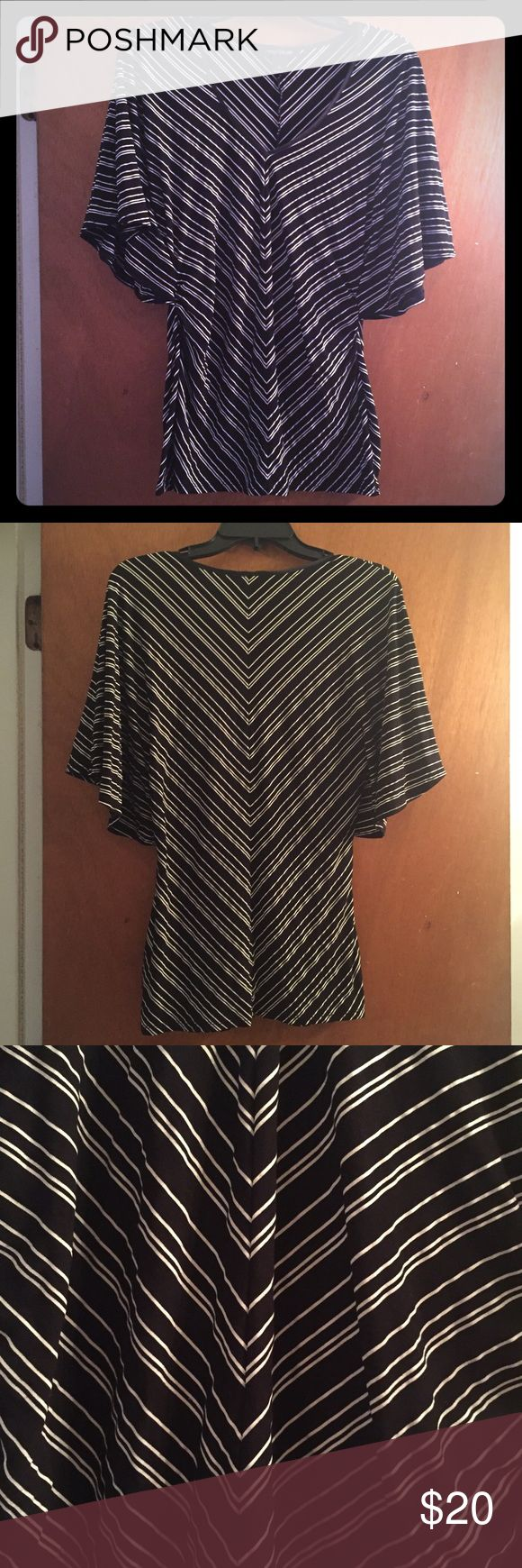 WHBM Chevron Top Flowy sleeves, v-neck, great condition! White House Black Market Tops Blouses