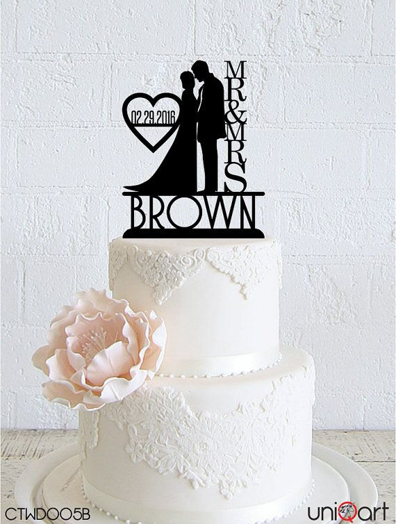 Bride Groom Personalized Wedding Cake Topper, Customizable Lastname and Date, Removable Stakes, Free Base for After Event, Gift CTWD005B