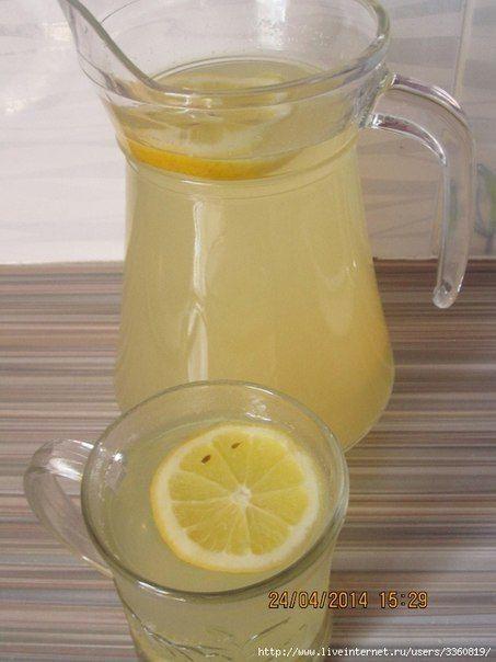Сбитень - напиток старинный и почему-то забытый        Напиток старинный и почему-то забытый. А зря, ведь он очень вкусный. По вкусу сбитень похож на пряный лимонад. Сбитень отлично идёт зимой в горячем виде вместо чая, а летом в охлаждённом со л…