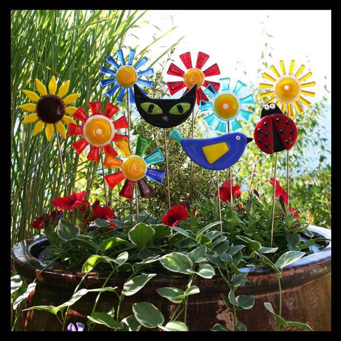 Glassworks Northwest Brilliant Rainbow Flower Stake