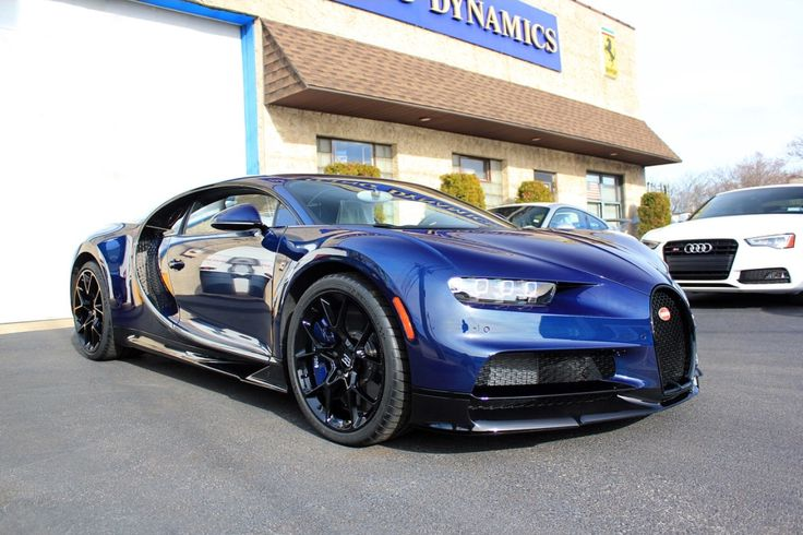 Bugatti Chiron in fully exposed Blue & Black carbon fiber Photo taken by: @detailingdynamics on Instagram