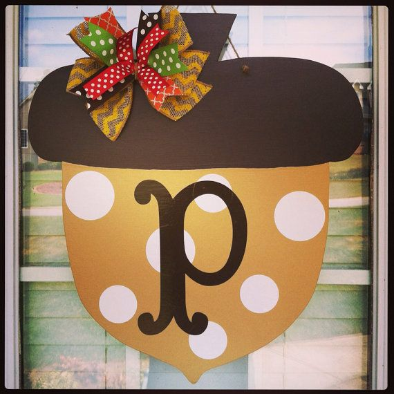 Personalized Acorn Fall Door Hanger by doortwodoor on Etsy, $28.00