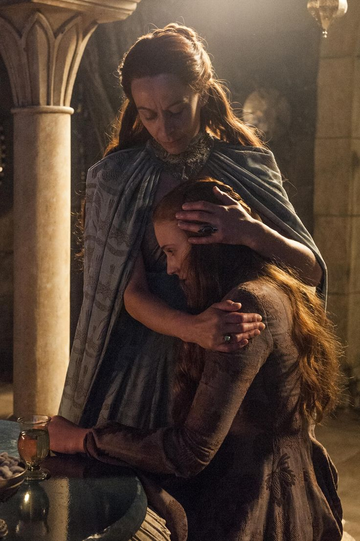 game of thrones sansa and petyr kiss