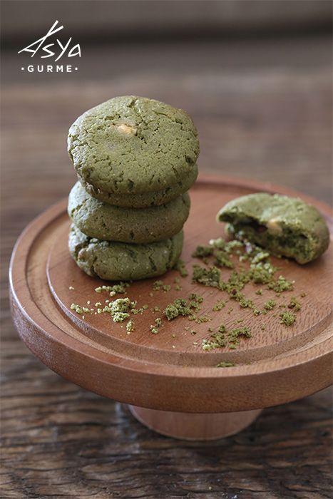 Yeşil Çaylı Kurabiyeler / Soft Baked Matcha Cookies