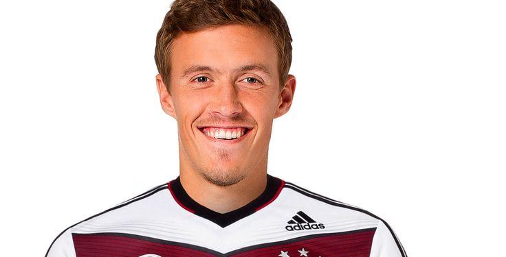 DFB-Elf qualifiziert sich - Dank Torschütze Max Kruse ist die deutsche Nationalmannschaft bei der Fußball-Europameisterschaft 2016 in Frankreich dabei.