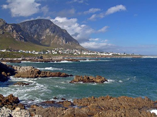 Hermanus. The perfect place to relax and do a bit of whale watching on a weekend getaway.