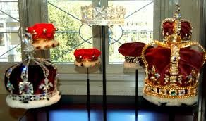 You will find the most beautifull dimants in the world in the Diamant Museum in Amsterdam