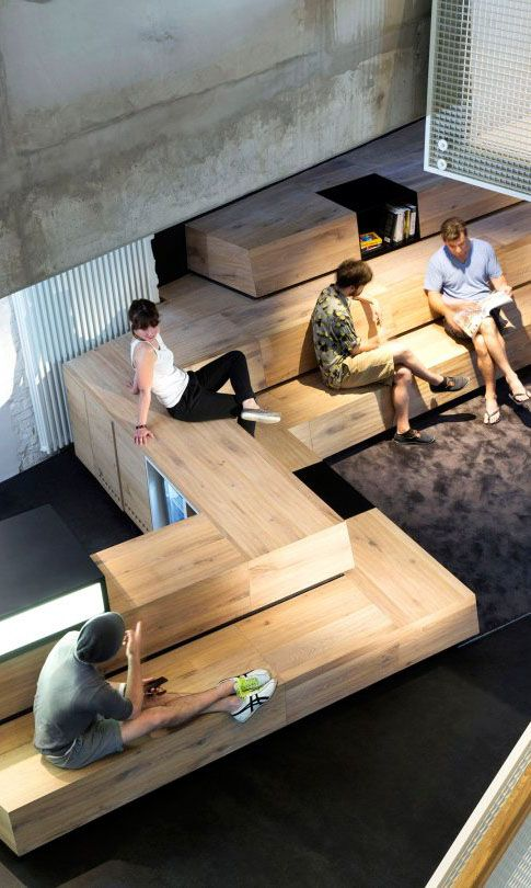 SoundCloud, Berlin: Here, a flexible seating area allows for lounging or meeting.