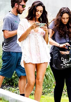 Shay Mitchell on the set of 'Mother's Day' in Atlanta (01, 09 and 10/09/2015)