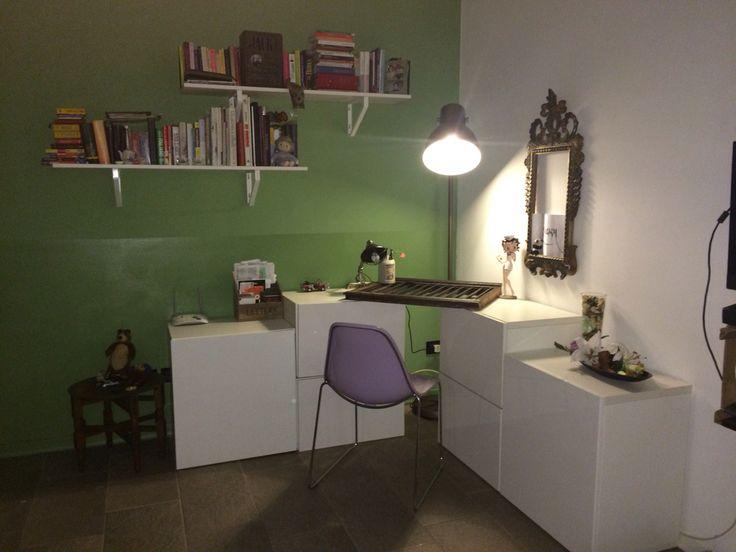 Il mio nuovo angolo lavoro... Un piccolo spazio tutto mio 💙