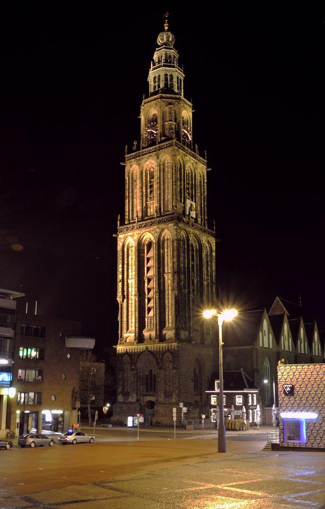 De Martinitoren, gelegen aan de Grote Markt, is de bekendste en met zijn 96,8 meter ook de hoogste toren van de stad Groningen. De toren hoort bij de Martinikerk. Voor de stadjers, de inwoners van de stad, heeft de toren de bijnaam d' Olle Grieze, Gronings voor de oude grijze.