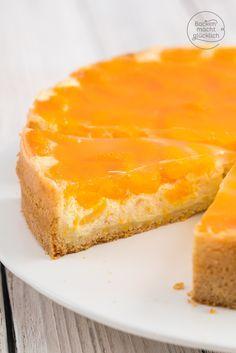 Mandarinen-Schmand-Torte: so cremig und verführerisch! Dieser Käsekuchen-Klassiker kommt immer gut an.