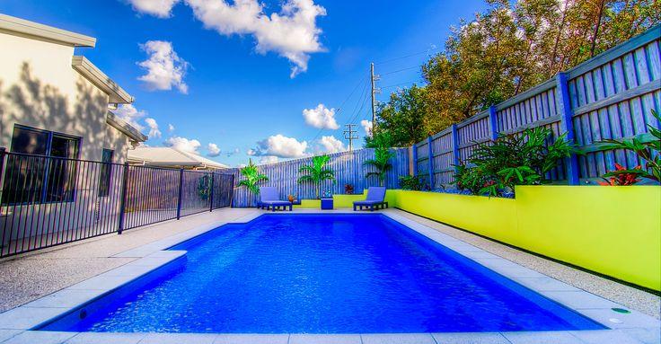 Narellan pool in blue agate 2014