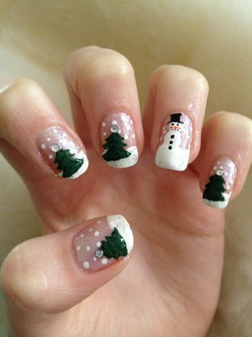 Wintery nails. Evergreens with ringfinger snowman.
