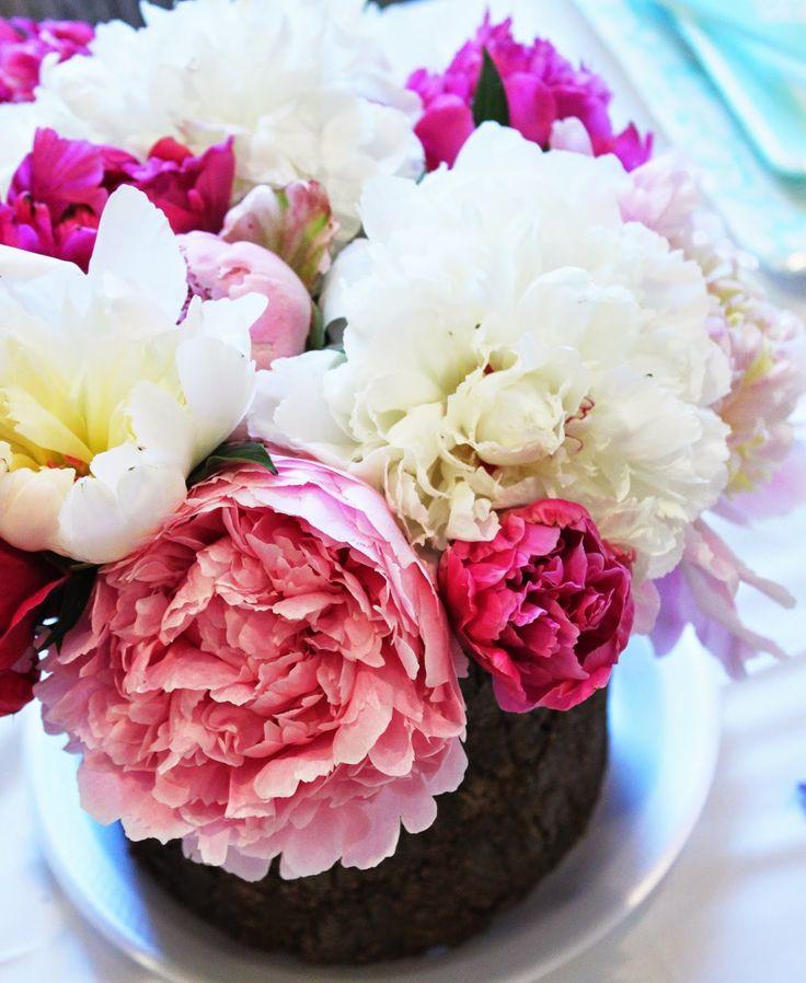 Namely Original: Bridal Shower gorgeous floral arrangements!