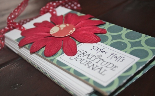 Activity Days - mini gratitude journal Great blog for activity days, etc.