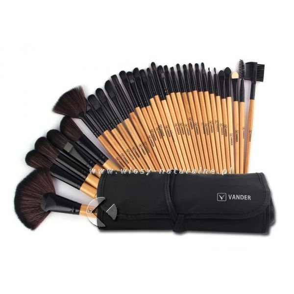 professional make up brush, check i t out: www.wlosy-naturalne.pl