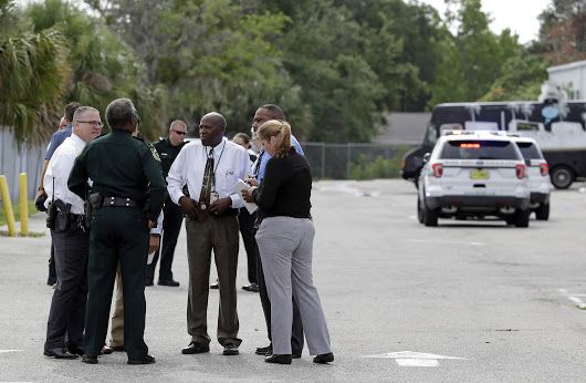 5 killed in shooting near Orlando; shooter also dead, sheriff's office says
