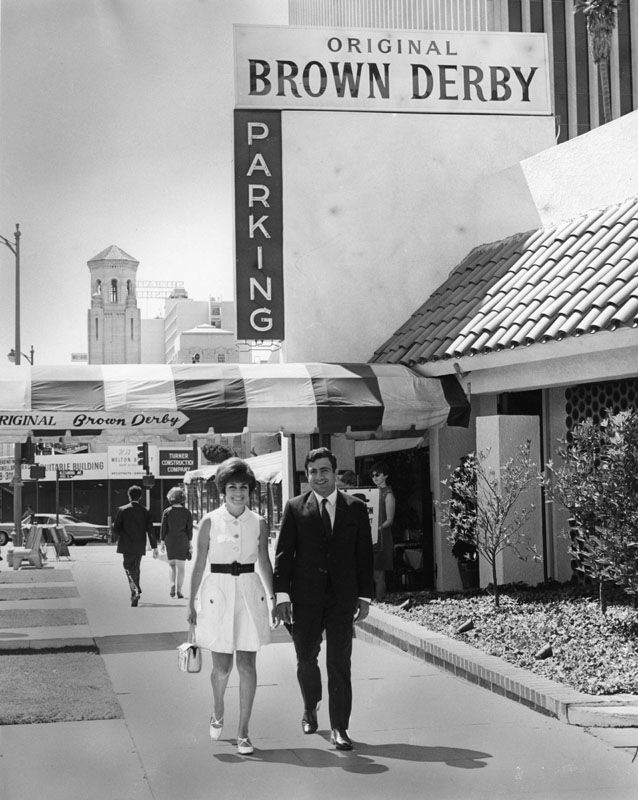 9 Vintage Photos of L.A. Restaurants That Look Straight Out of 'Mad Men' | The Nosh | Food | KCET
