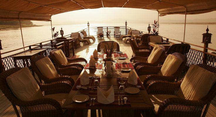 Dining Amara Cruise Irawaddy, Burma