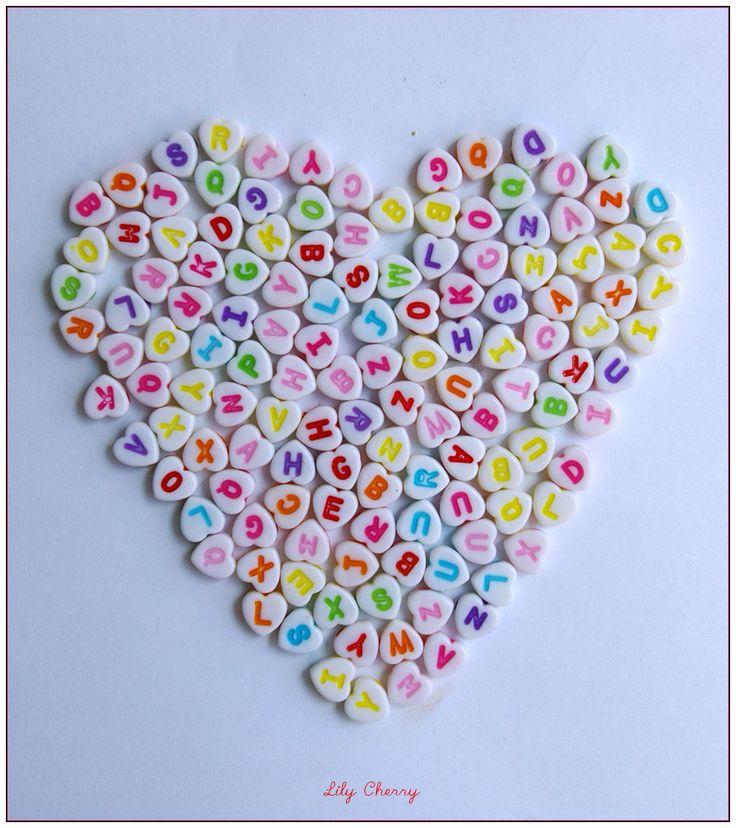 Perle coeur alphabet en plastique couleurs kawaii x1 : Perles en Plastique par lilycherry