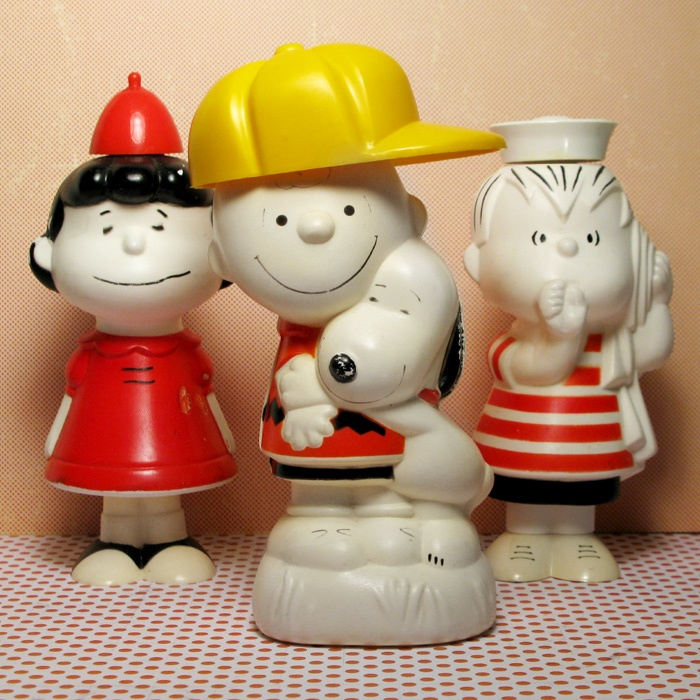 For Sale – Peanuts Avon Bottles – Cheer up your bathroom with vintage Peanuts gang Avon bottles. Find a variety of styles including Snoopy, Charlie Brown, Lucy and Linus in our shop at CollectPeanuts.com.