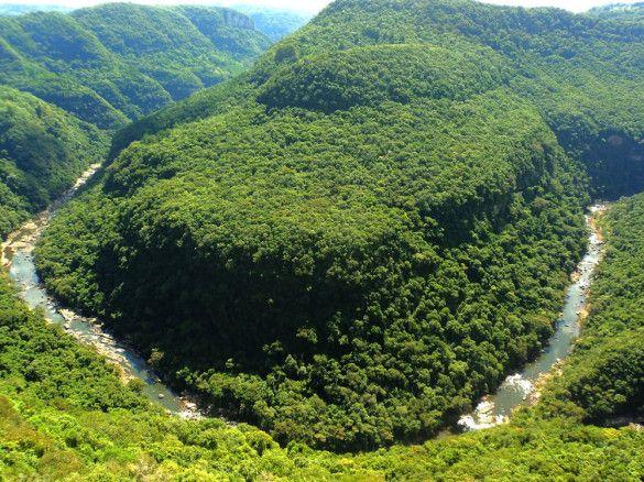 Vale da Ferradura: Onde você se integra com a natureza. Estrada do Banhado Grande s/nº Canela / (54) 99625-7741.**Desconto de 10% com o cartão Hóspede VIP **