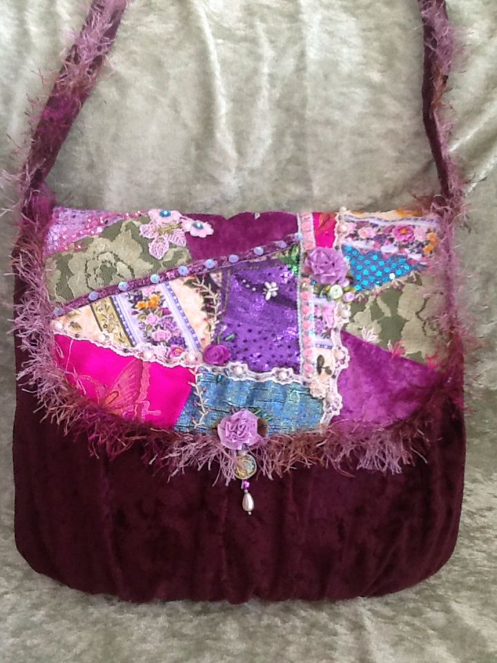 This bag was made to order by Shelley Nicholls. Sold.