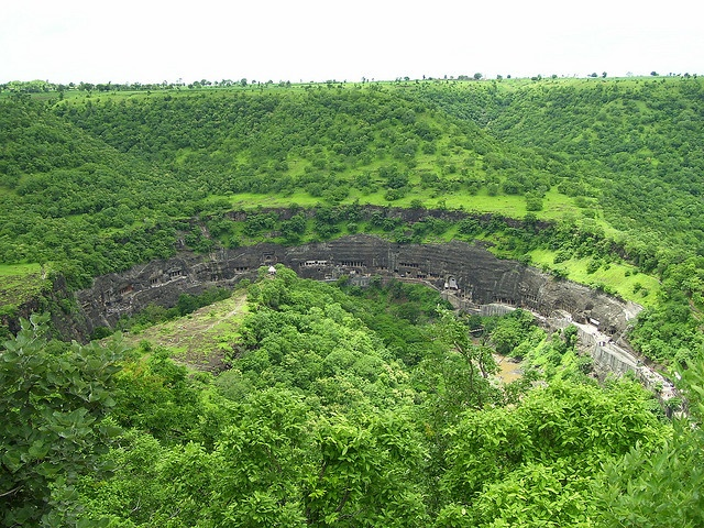 The Mysterious Ajanta Caves – Ancient Temples Carved From Solid Rock