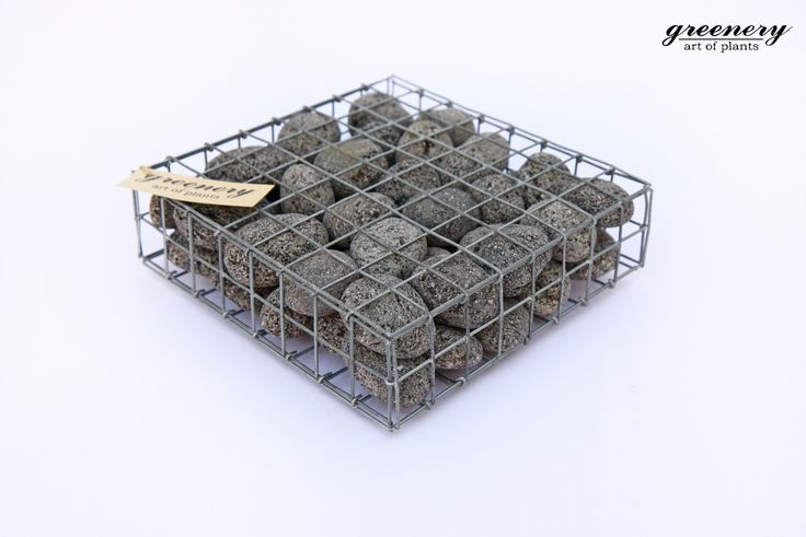 Gabion tray with anthracite pebbles – Gabion creations by greenery #gabion #gabioncreations #pots #greenery #airplants #succulents #cactus #plants #chania #greece