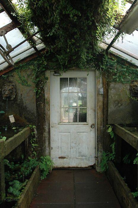 Conservatory: Green Houses, Backyard Sheds, Secret Gardens, Sheds Doors, White Doors, Houses Doors, Greenhouses, Pots Sheds, Gardens Sheds