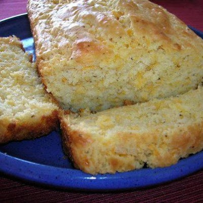 Quick Peppery Cheese Bread -- Homemade Cheesy bread in a flash. Just