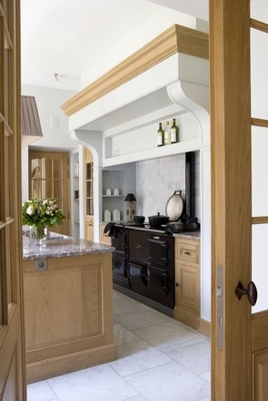 Cabinetry profile, mix of finishes