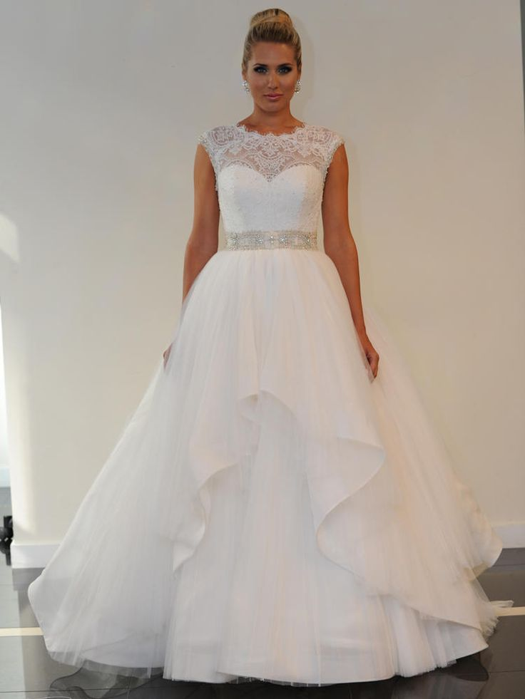 Yumi Katsura Spring 2016 Belinda ball gown wedding dress with a Chantilly  lace boatneck and a