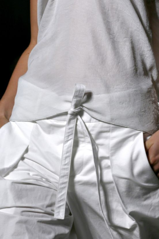 Helmut Lang 2013 shorts and cropped details trousers work well with the all white look