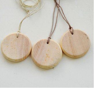 Украшения из дерева | Как выглядит деревянная бижутерия и когда её лучше всего носить - советы от месье Биже