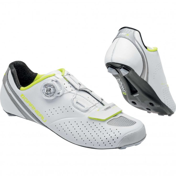 WOMEN'S CARBON LS-100 II CYCLING SHOES The most affordable among shoes equipped with a carbon outsole, the LS-100 II offers a precise Boa®️ micro-adjustment system and a super rigid frame for maximum performance.