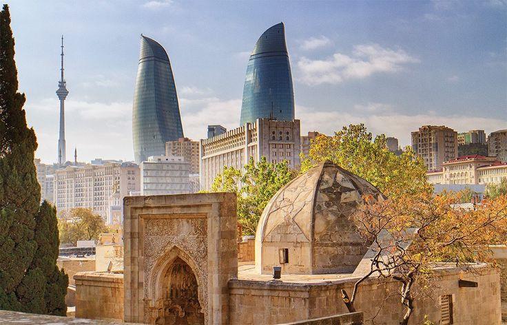 Bakú, una de las ciudades más encantadoras del Asia central. Es la capital cultural y política de Azerbaiyán y se encuentra en la costa occidental del mar Caspio, en la península de Apsheron. Una ciudad que fusiona la tradición con el moderno occidente. ¿Queréis Descubrirla más de cerca? http://www.qtravel.es/reportajes/grandes-viajes/descubriendo-baku-la-capital-del-azerbaiyan/