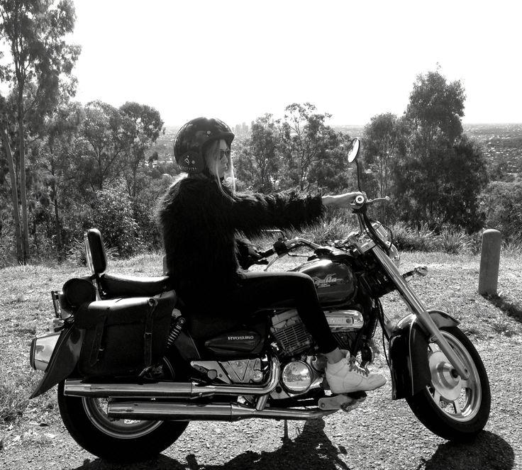 #babe #motorbike #womenwhoride #bikebabes