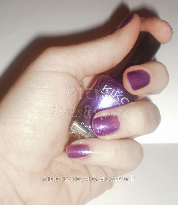 http://miekonailsecakes.blogspot.it/2014/01/color-friday-nail-polish-of-week-viola.html