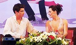 TESSA VIRTUE & SCOTT MOIR | Kiss and Cry, 2009 In which the audience laughs at Tessa and Scott for moving their chairs together + Closeness. Requested by Anonymous aww. :)