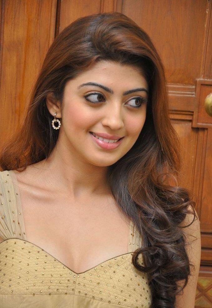 test: Actress Pranitha Hot Stills, Pranitha Actress