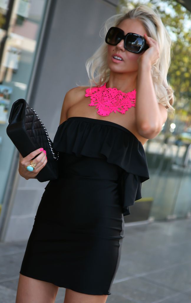 Neon pink and black ♥