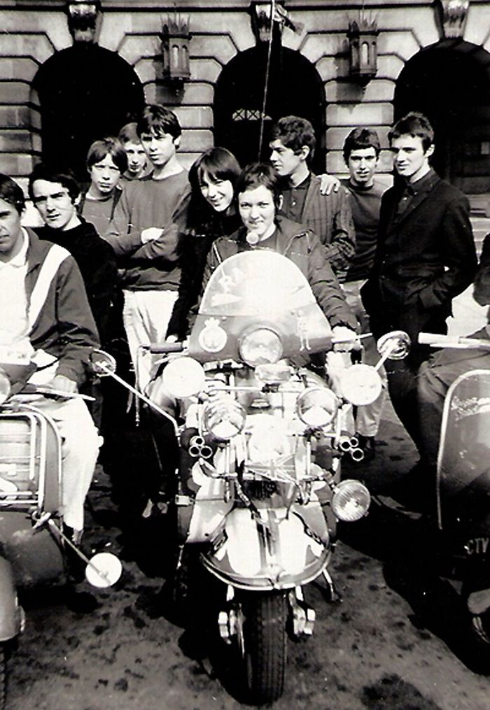 Oh! how I remember this, Nottingham Mods.Take me back to a happier time..plzzzzz