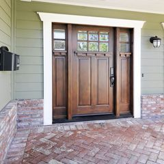 traditional  by Studio S Squared Architecture, Inc.  Another true Arts & Crafts Door