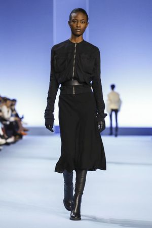 Elegant androgyny, Ackermann sent out tuxedos and tailoring that came with a measured hint of evening glamour, a suggestion of a fuzz stole here and shots of cobalt blue there. [CONTINUE READING...]