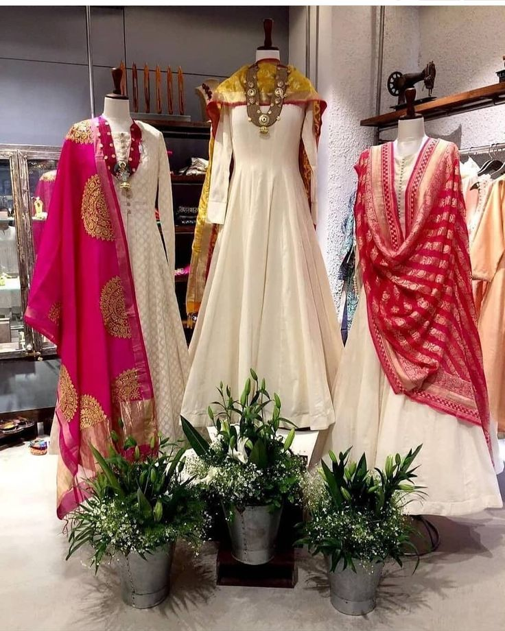 ~ Indo Western glam. ✨  #Fashion #Trend #Trends #Fusion #Indian    – Indo-Western Fusion Fashion