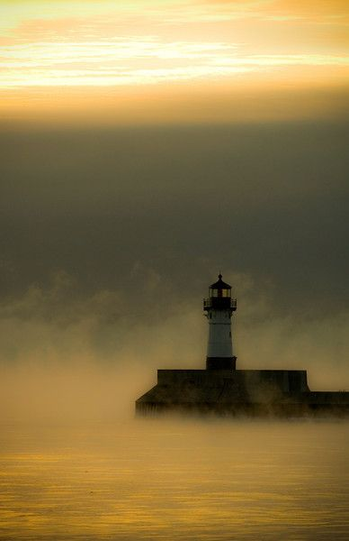 Duluth Harbor Lighthouse, Duluth MN